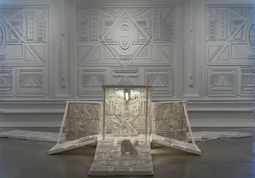 Rodrigo - Sin Heroes, installation view, 2016 press print gallery museum video