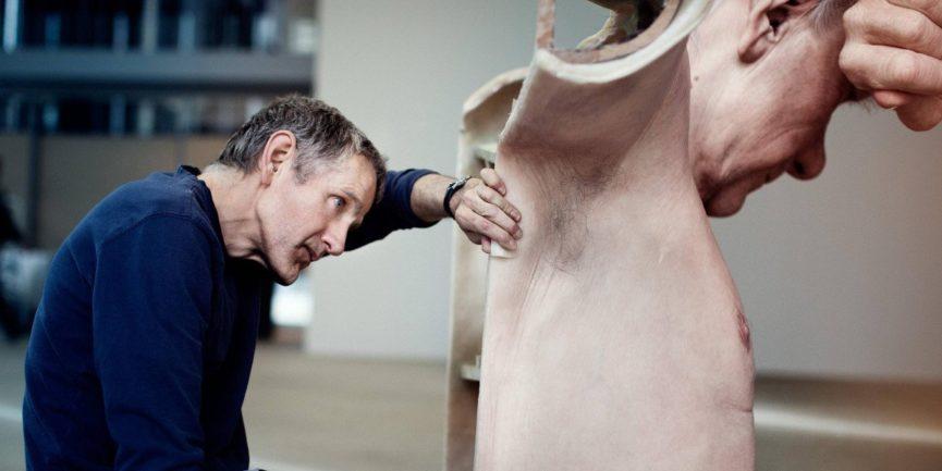 Ron Mueck - The artist hard at work - Image via imgurcom media mixed 2005