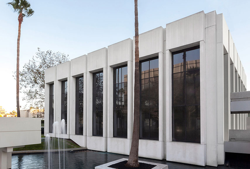 The modernist building now housing Sprüth Magers, Los Angeles. Photo by Joshua White museum  arts 2016 center culture arts opening march  music home  collection