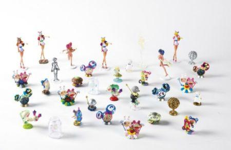 Takashi Murakami-35 Figurines-