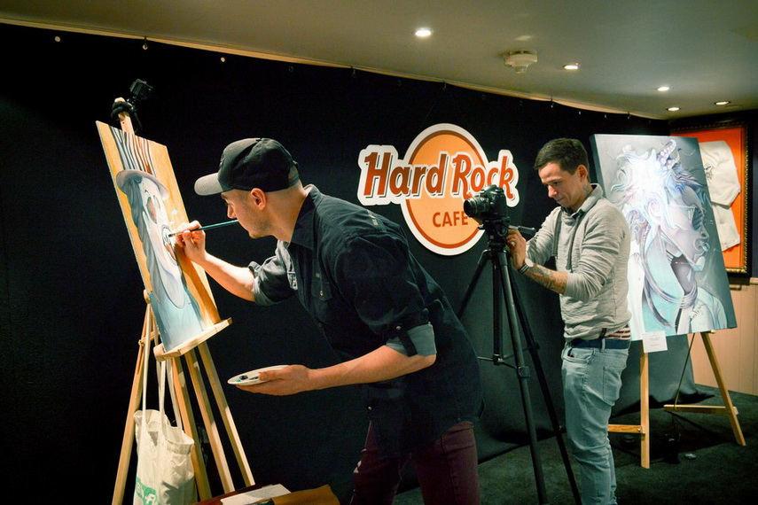 Tom Lohner - Hard Rock Cafe in London, performance