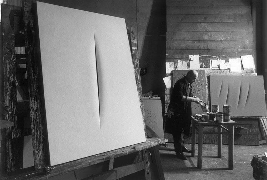 Ugo Mulas - Lucio Fontana, Milano, 1964. Image via looklateral.com
