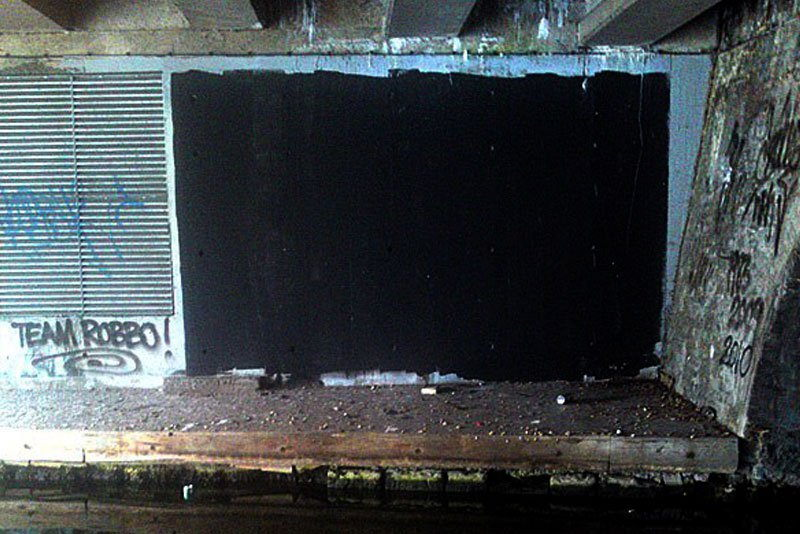 Unknown (third party) - Wall painted in black, 2010
