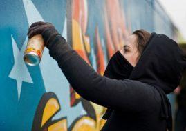 Graffiti girls