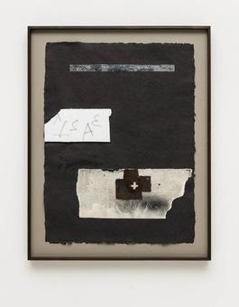 Collage sobre paper negre