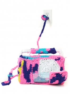 CROCHETED OBJECT - CASSETTE PLAYER