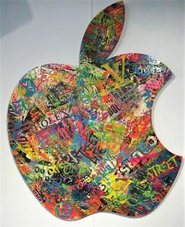 Street Apple