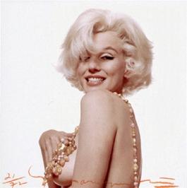 Marilyn boob
