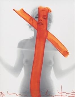 Marilyn Monroe, Crucifix