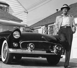 Frank Sinatra next to his T-Bird