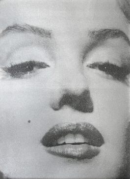 Marilyn Close Up (Atomic Silver and Black)