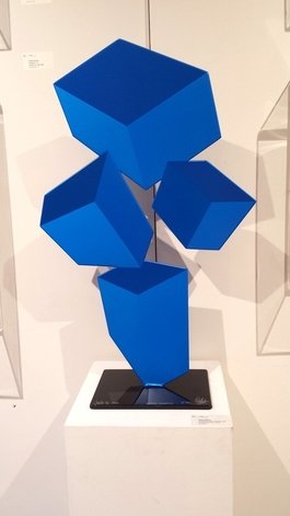 Jugle - F196 - Iridescent blue