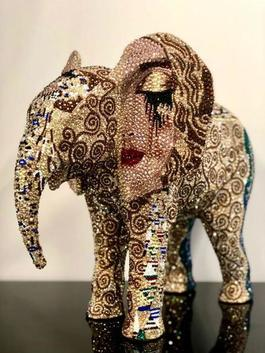 "ELEPHANT medium ""BROKEN OPEN"" feat. Klimt, 2019"