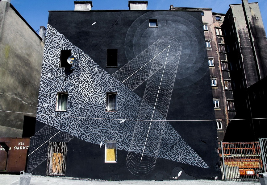 Moneyless is an Italian artist whose street work is strongly based on geometry