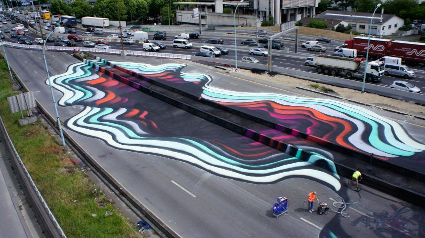 1010 - mural along a Parisian Highway #2, 2015, photo by Juliette Husler, photo credits - artist