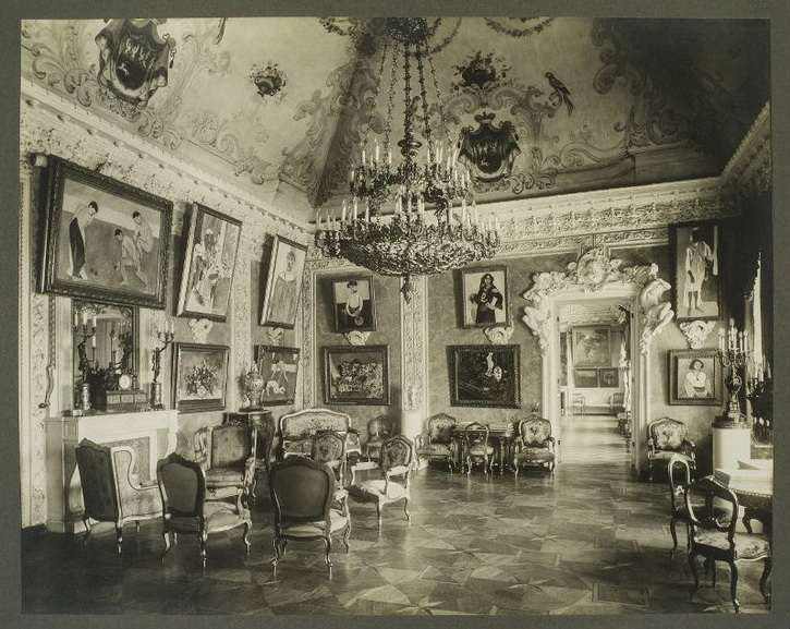 1913 Matisse Hall in the S.I. Shchukin