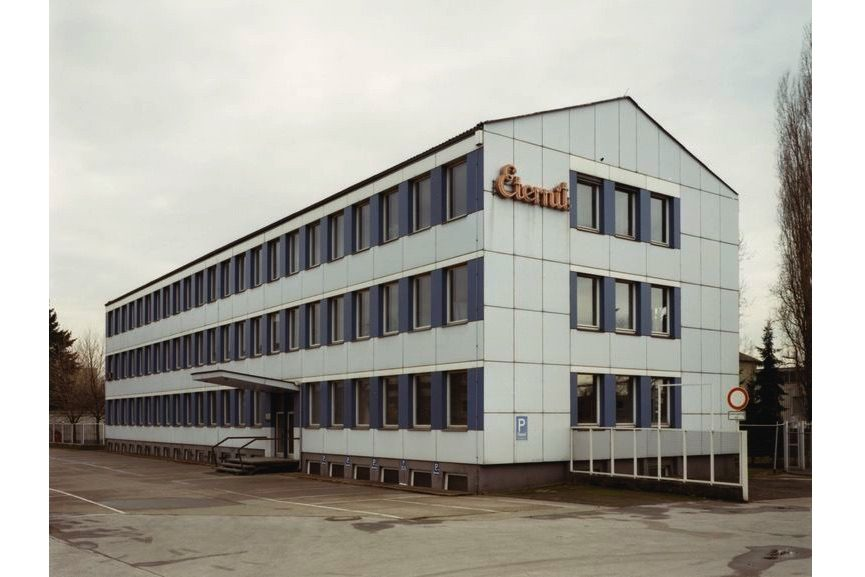 Haus Nr.11 III (House Nr.11 III), 1990