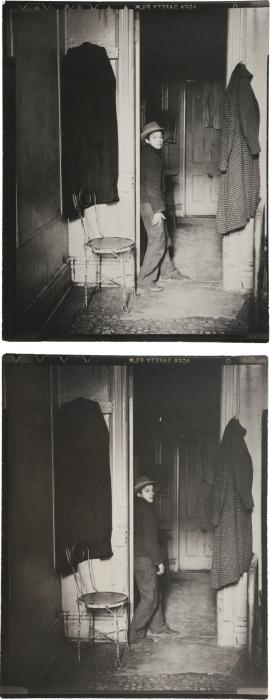 Helen Levitt-Gypsy, E. Harlem-1940