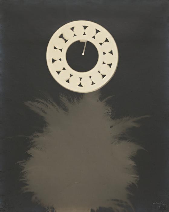 Man Ray-Rayograph-1924