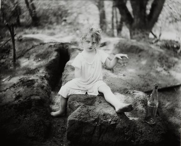 Sally Mann-Coke In The Dirt-1989