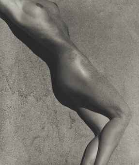 Herb Ritts-Carrie in Sand, Paradise Cove-1988