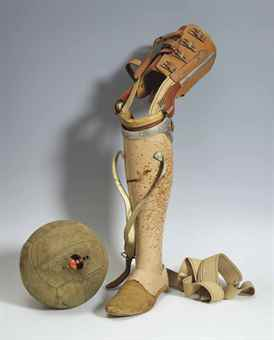 Daniel Spoerri-Ohne Titel (Prothese mit Fussball) (Untitled (Prosthesic with Football))-1970