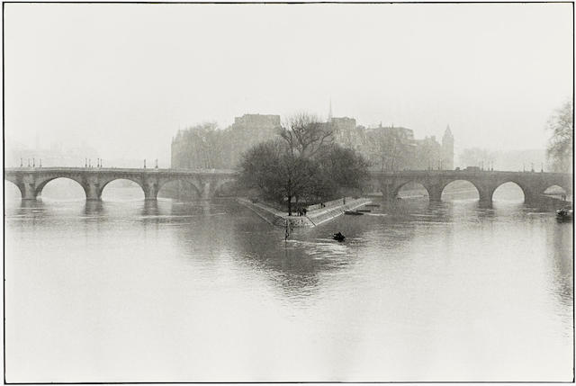 Henri Cartier-Bresson-Ile de la Cite, Paris-1952