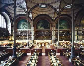 Candida Hofer-Bibliotheque Nationale de France XXIII-1997