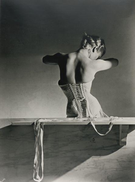 Horst P. Horst-Mainbocher Corset-1939