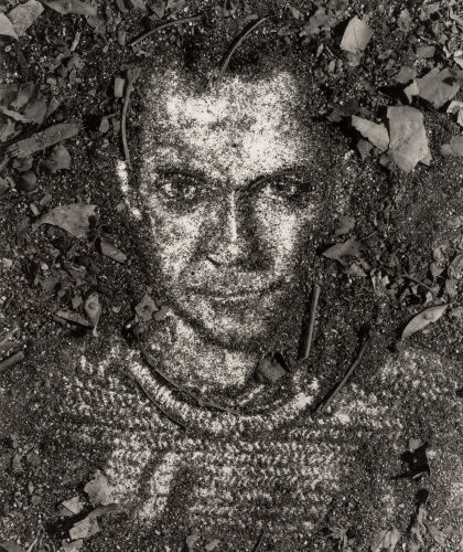 Vik Muniz-Self Portrait, from Pictures of Soil-1997