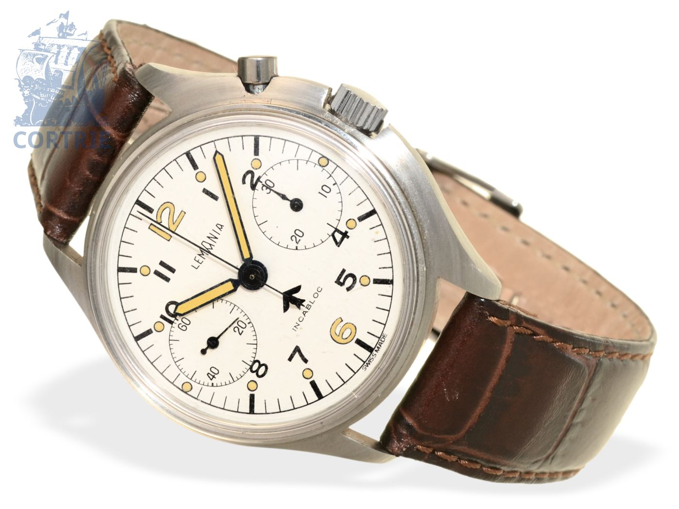 Wristwatch: big pilot's chronograph of Royal Air Force, Lemania from the 60s-