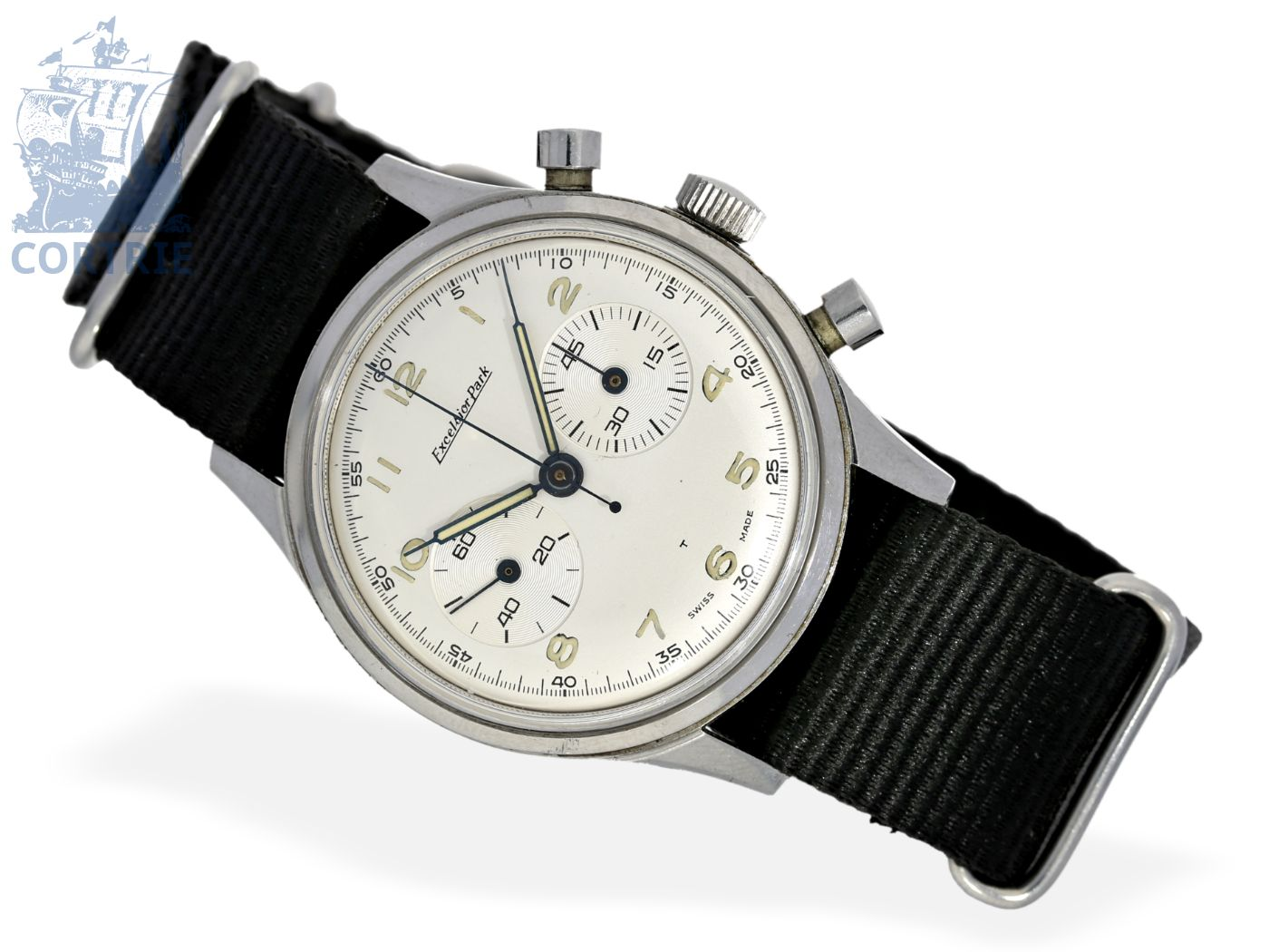 Wristwatch: big stainless steel chronograph Excelsior Park, excellent condition, ca. 1950-