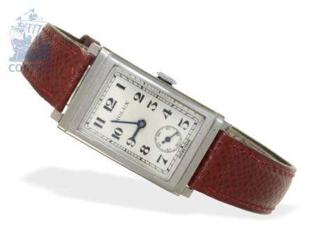 Wristwatch: rare, small and square gentlemen's watch by Rolex, ref.1936, from the 30s-