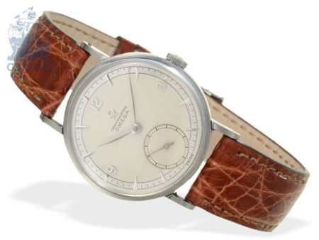 Wristwatch: fine Omega chronometer, stainless steel, reference 2364, from 1946-