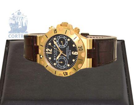 Wristwatch: very luxurious diver's chronograph, 18 K gold, BVLGARI DIAGONO SCUBA SC38G, COSC chronometer with certificate and original box-