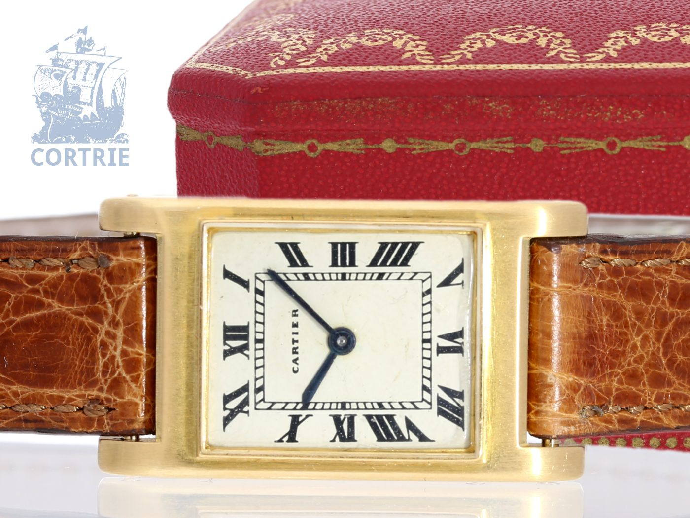 Wristwatch: extremely rare Cartier Art déco Duoplan Bec d' Aigle with Backwinder, ca. 1940-