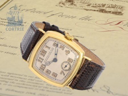 Wristwatch: extremely rare Patek Philippe gentlemen's watch, so-called .Cushion-Officier from 1927, with extract of the archive-