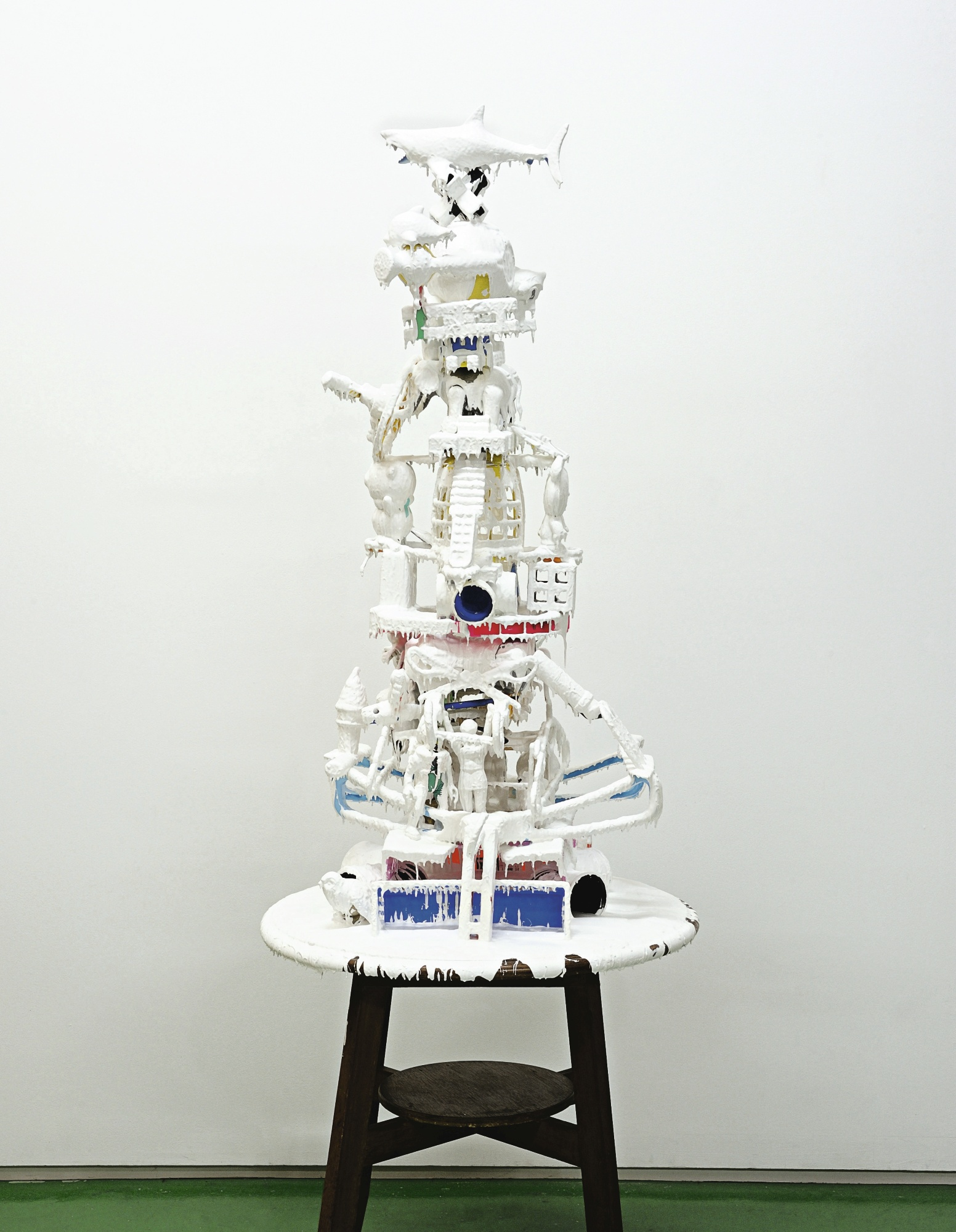 Teppei Kaneuji-White Discharge (Built-Up Objects No.19)-2012