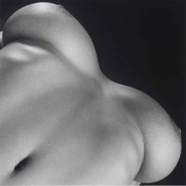 Robert Mapplethorpe-Breasts-1987