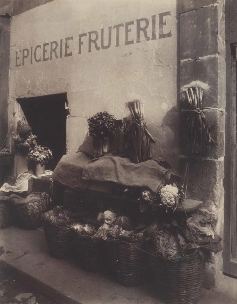 Eugene Atget-Boutique 15 Rue Maître Albert-1911