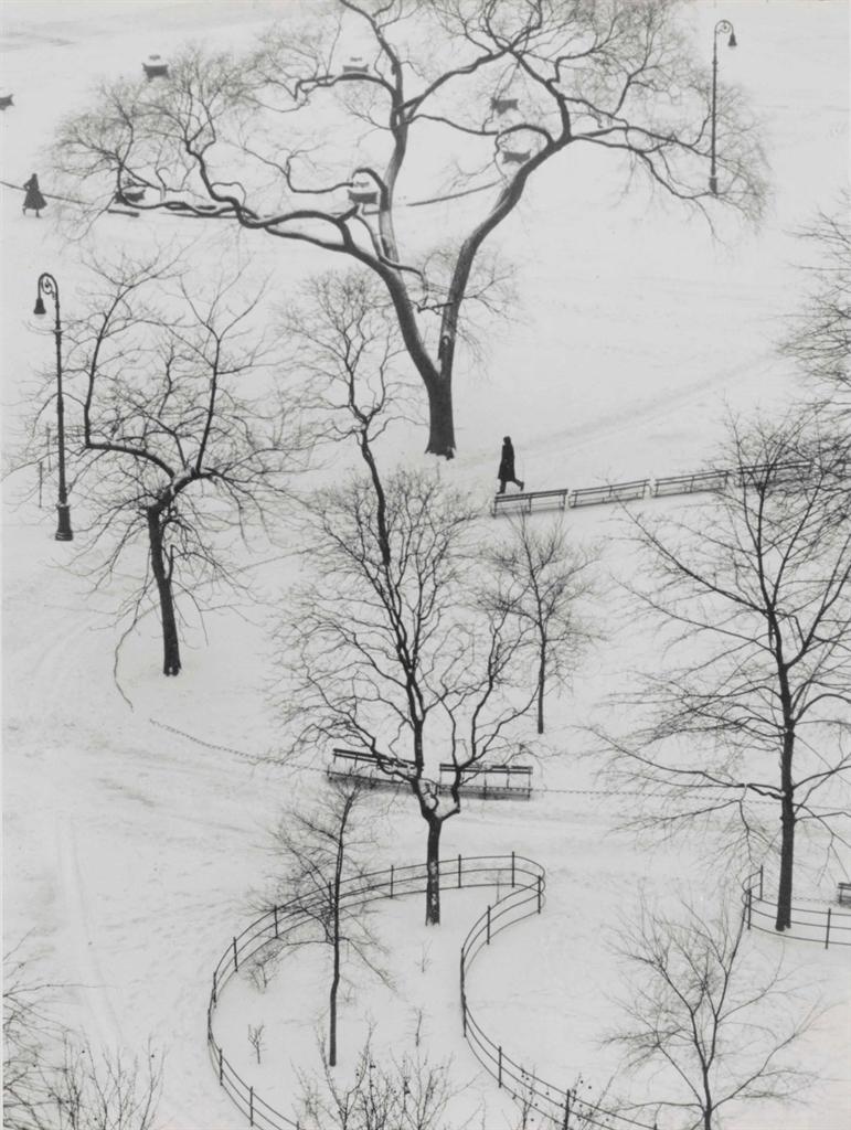 Andre Kertesz-Washington Square Park-1954