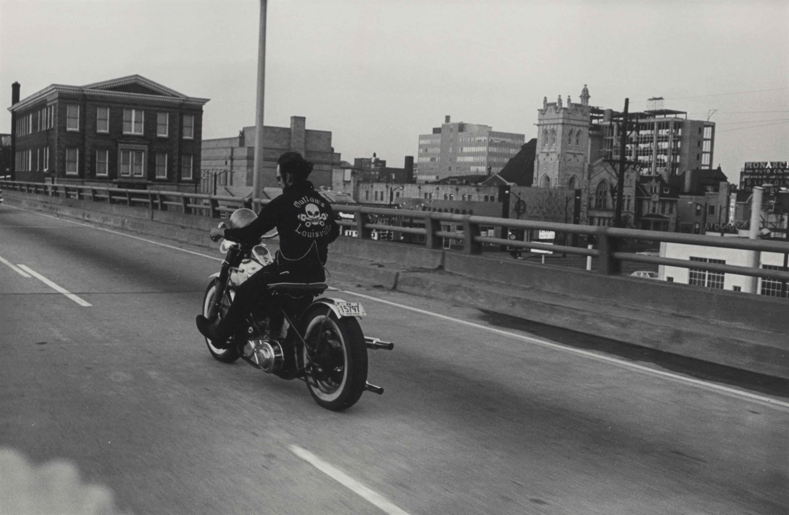 Danny Lyon-Crossing the Ohio River, Louisville, Kentucky-1966