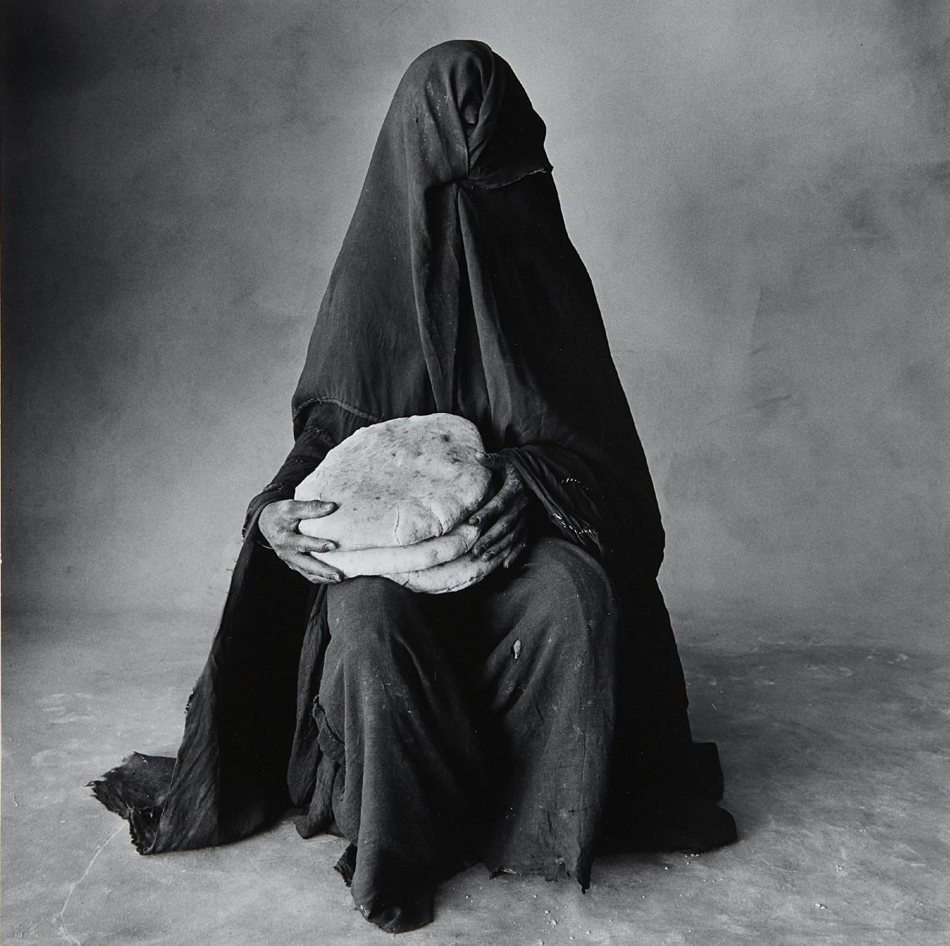 Irving Penn-Woman With Three Loaves, Morocco-1971
