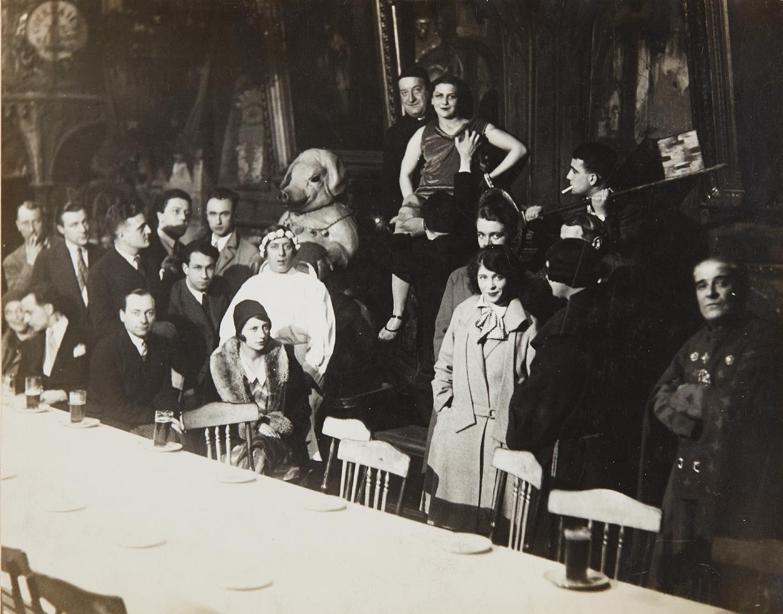 Man Ray-Au Cabaret Du Ciel-1927