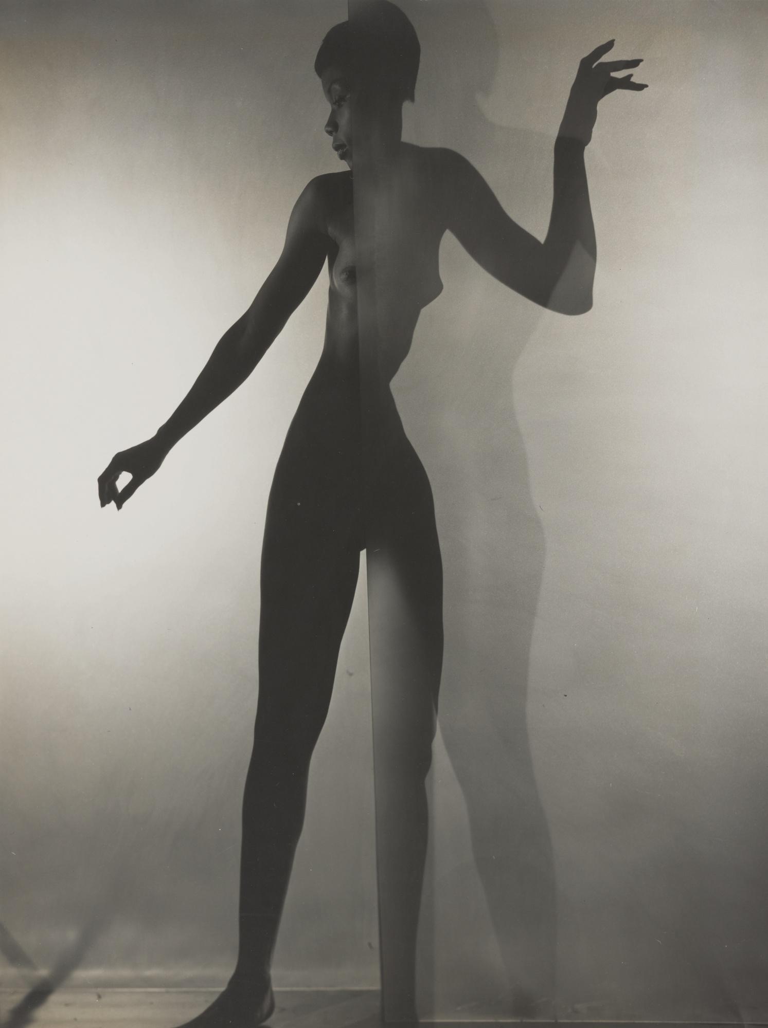 Erwin Blumenfeld-Bani Yelverton (Standing Nude Behind A Screen)-1958