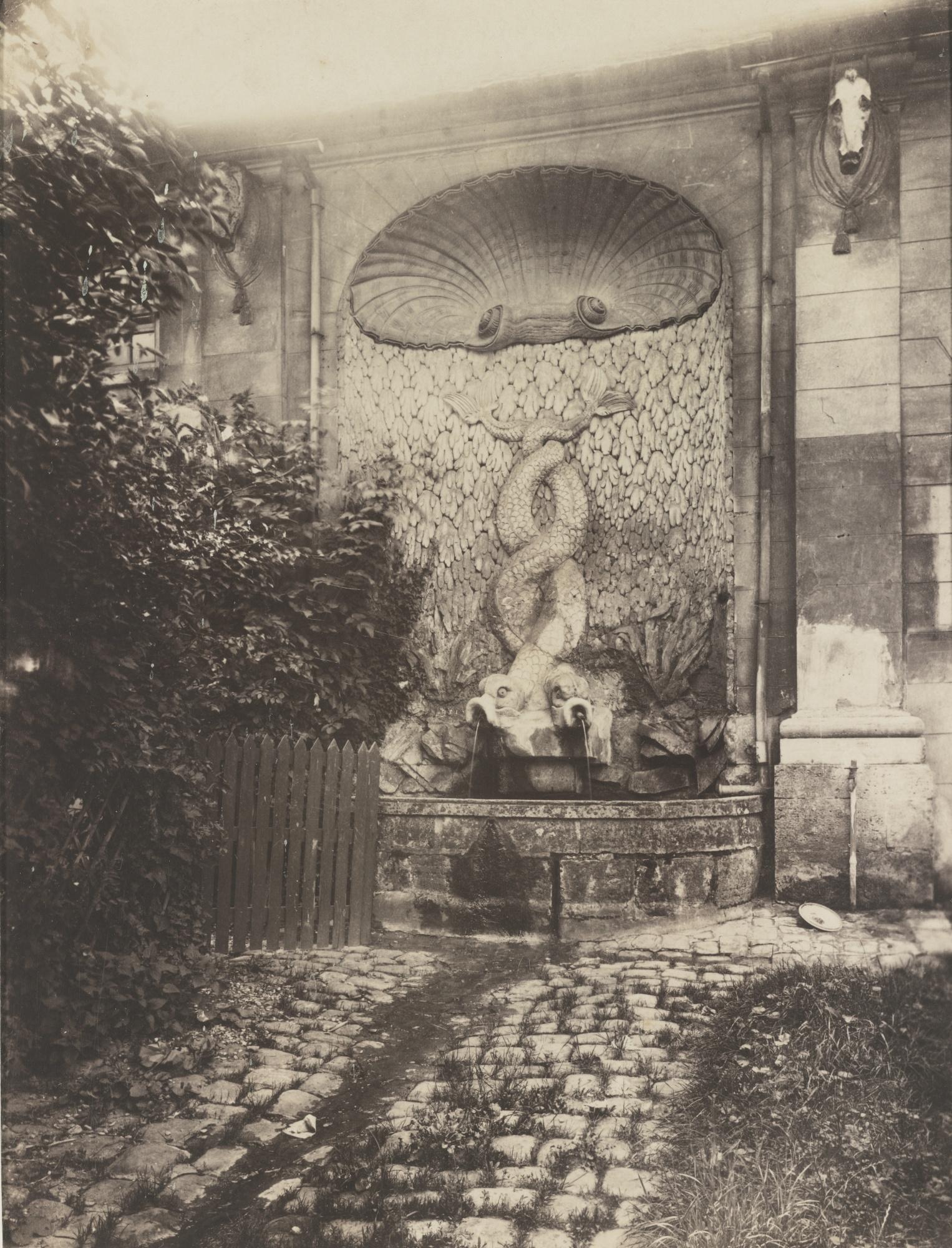 Eugene Atget-Issy- AncienChateau-1901