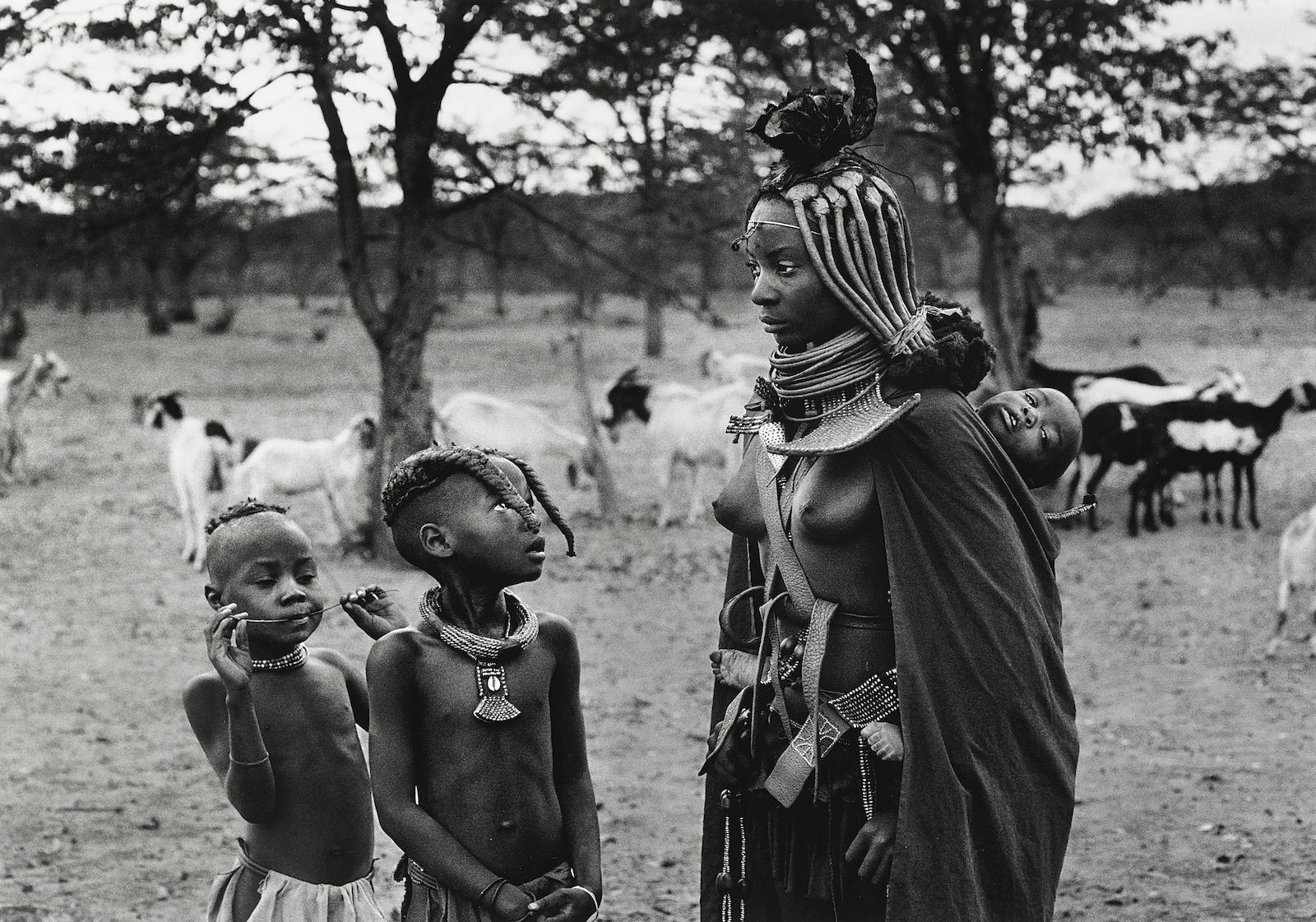 Sebastiao Salgado-A Himba group in Omuramba, near the Zebra mountains in Kaokoland, Namibia-2005