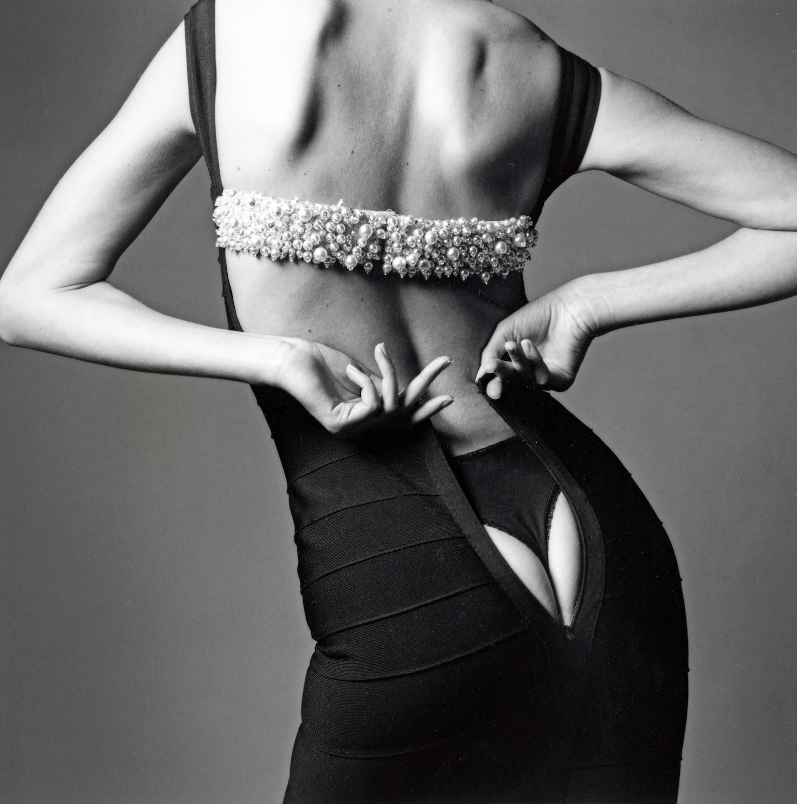 Jeanloup Sieff-La Robe Trop Petite, Paris-1995