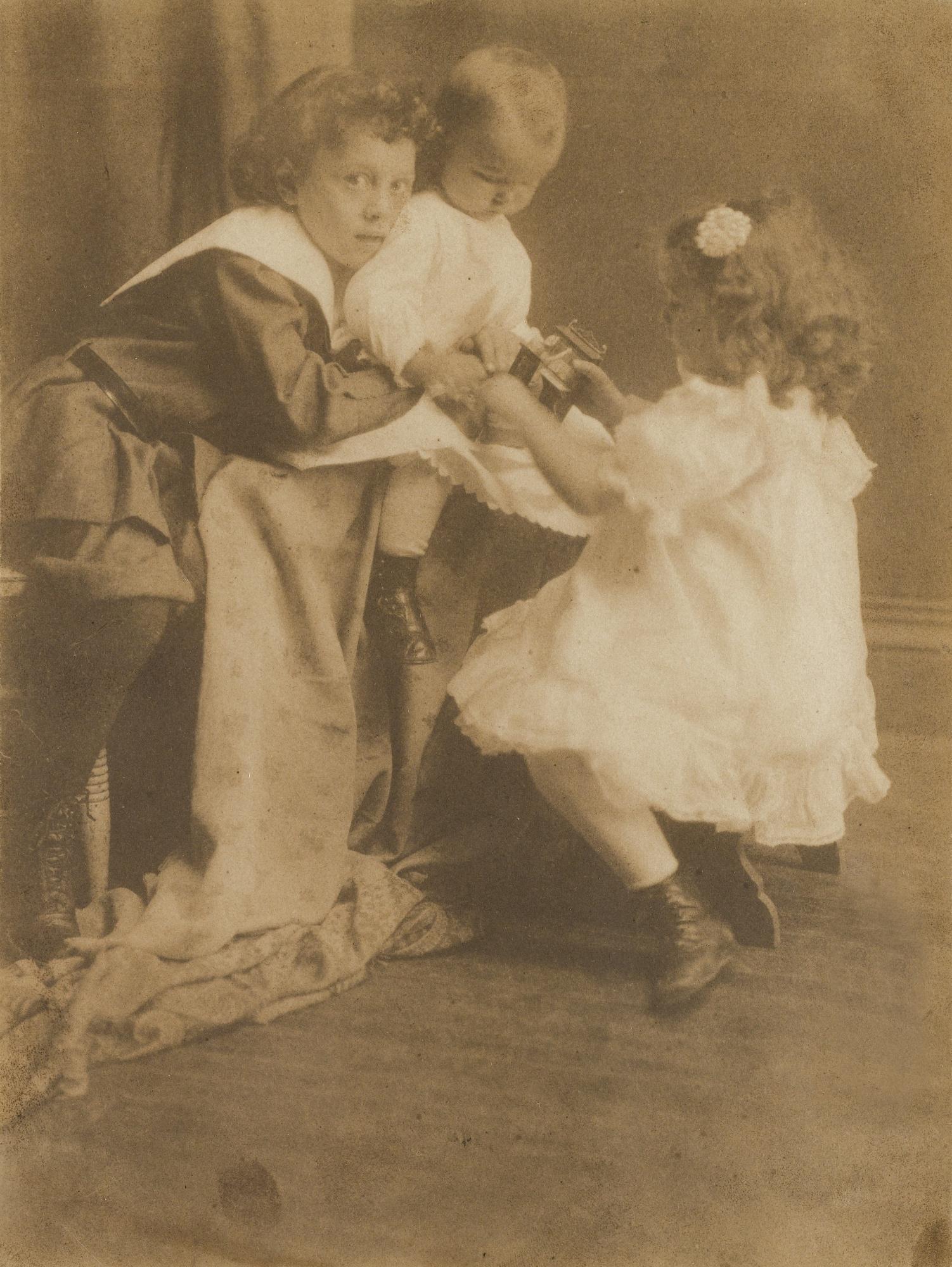 Gertrude Kasebier-Trois EnfantsVers-1902