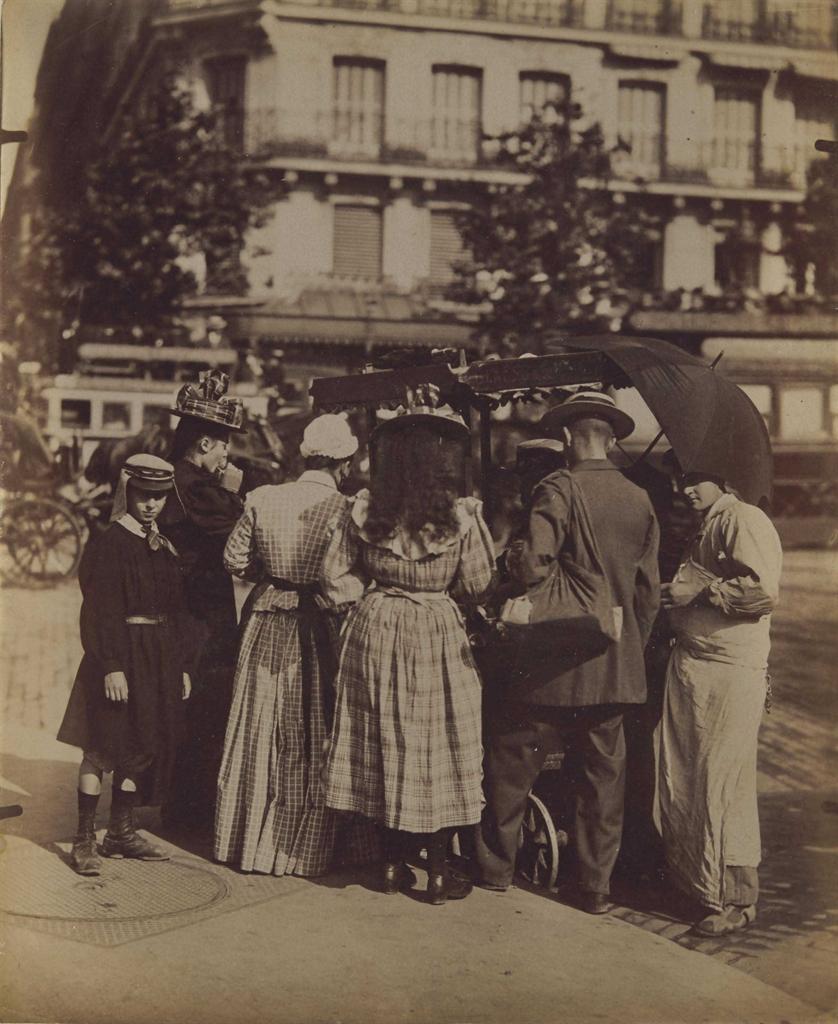 Eugene Atget-Marchand de glaces, Paris-1899